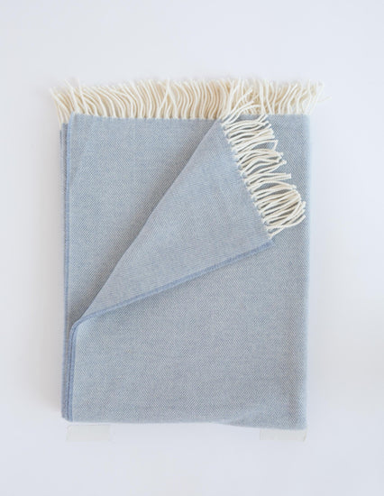 Lightweight Herringbone Throws