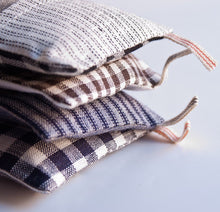 Load image into Gallery viewer, Fog Linen Lavender Sachet