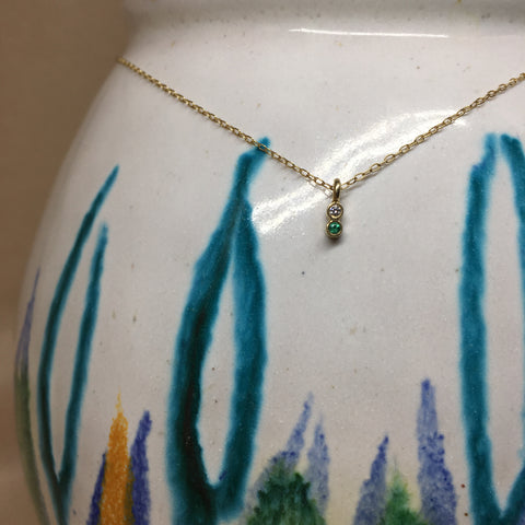 Tiny classic necklace