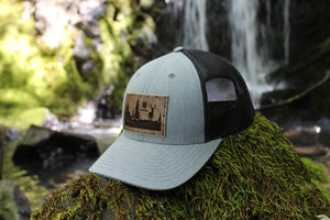 Heather grey w/black low pro trucker