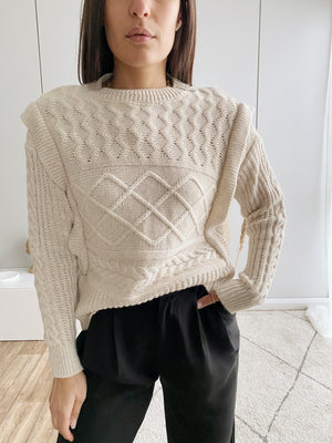 Behaved Pullover