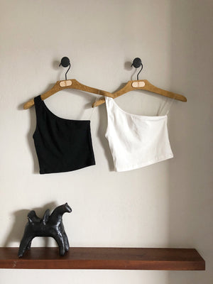 The Cropped Top, black