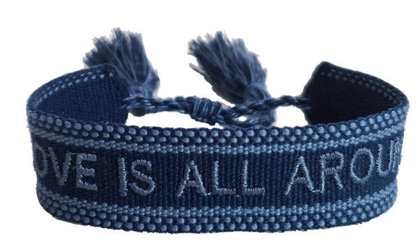 love is all around Armband