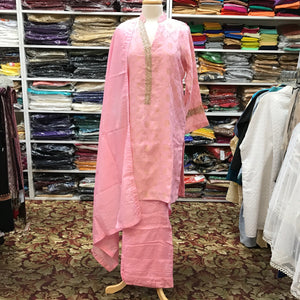 Pakistani Suit Size 42
