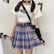 Load image into Gallery viewer, Plaid Pleated Skirt w/ Belt Chain