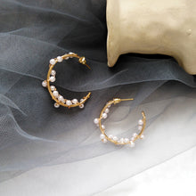 Load image into Gallery viewer, Pearl Wreath Hoop Earrings
