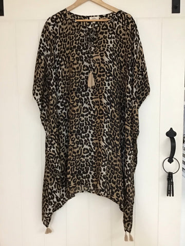 Aries Top in Leopard O/S