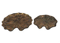 Antique Gold Metal Lilly Pad