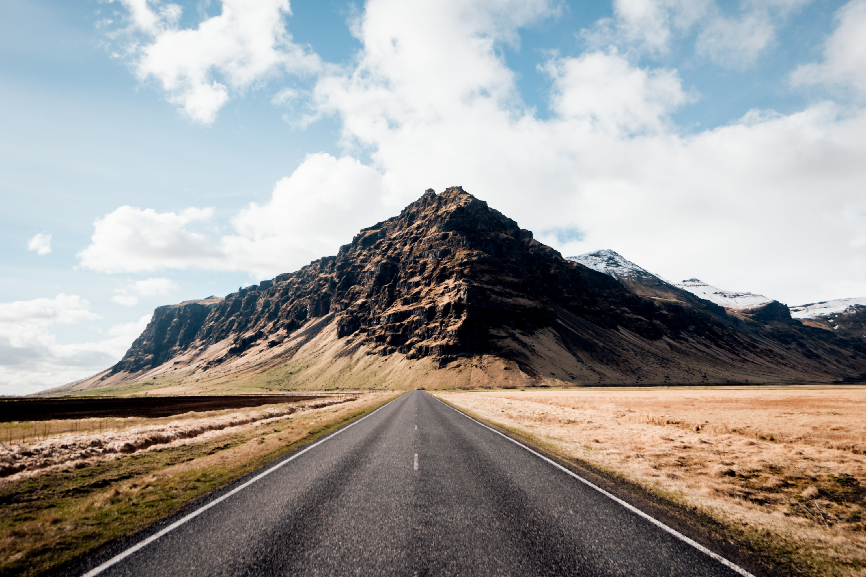 Road in Iceland photographed by Max Chesnut