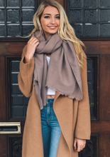 Load image into Gallery viewer, Everly Frayed Edge Scarf