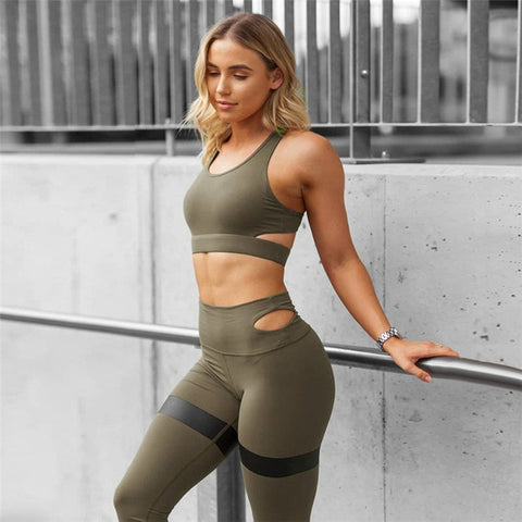 Simple Designer Strap Print Yoga Set - Army Green / L - Bottoms Gym Set Leggings Sports Bra