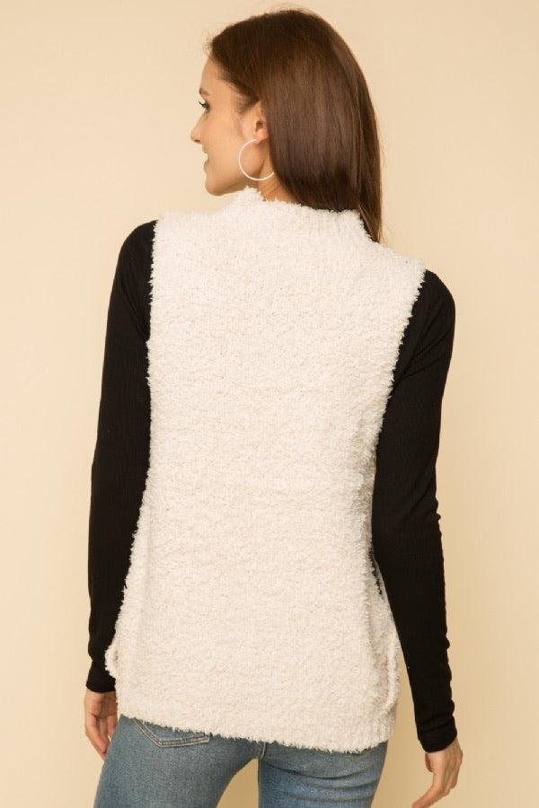 Fern - Faux Fur Sweater Vest - Cream