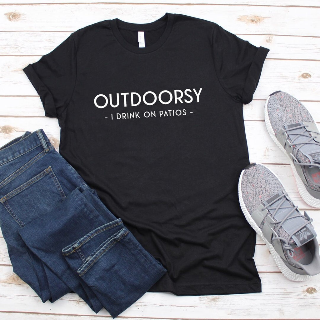 Willow - Outdoorsy Graphic Tee