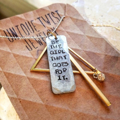 Be That Girl Necklace - HeartsEase Clothing