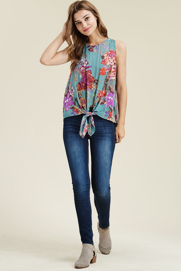 ONE LEFT Knot Tie Floral Tank - HeartsEase Clothing