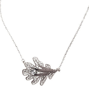 Oak leaf necklace - medium_C5090 by Yvone Christa