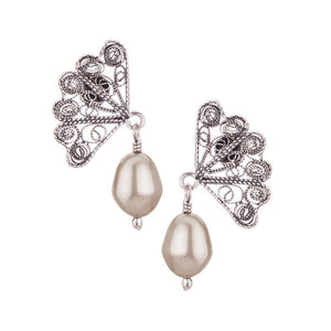 Yvone Christa_JAPANESE FAN POST EARRINGS WITH PEARL DROP_E4253