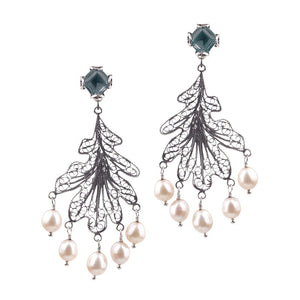 Oak leaf chandelier earrings - pearls_E5111 by Yvone Christa