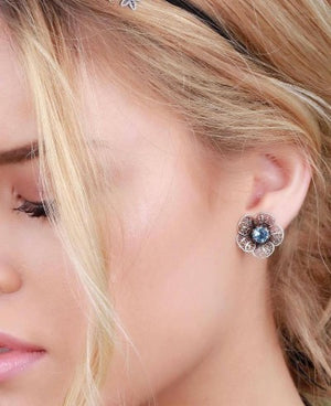 Lace flower stud earrings
