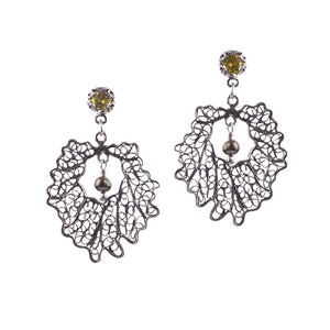 Crown leaf earrings - small_E5147 by Yvone Christa