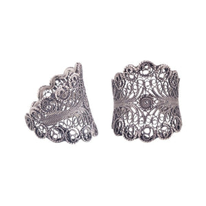 Yvone Christa_SCALLOPED FILIGREE RING_R3677