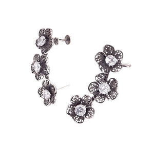 Yvone Christa_TRIPLE PHLOX FLOWER EAR CUFF EARRINGS _E4156