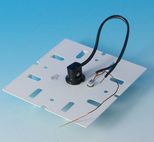 110V Base Plate with Socket, Converts 12V to 110V | Aurora Deck Lighting