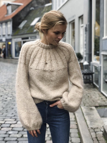 Sunday Sweater fra PetitKnit