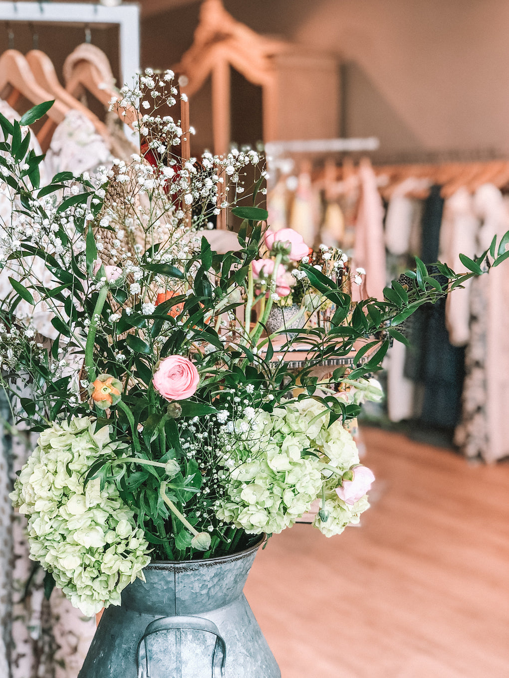 Fleurs of the Week at our SENLIS Robertson Boutique