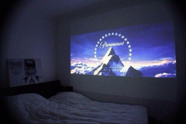 Mini Projector + Tripod + Screen Bundle - Cute Projectors