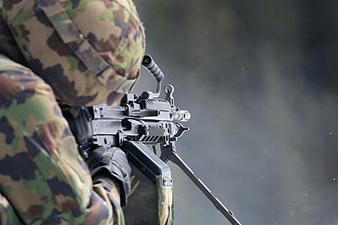 soldier with gpmg