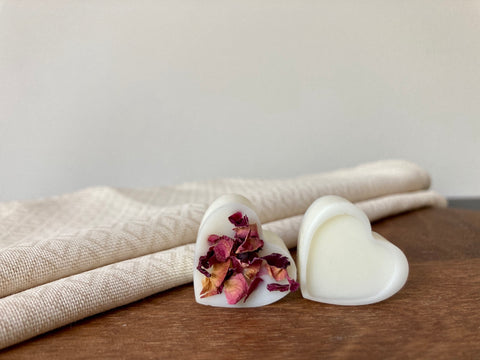 Image of Rose & Sandalwood Natural Scented Soy Wax Melts