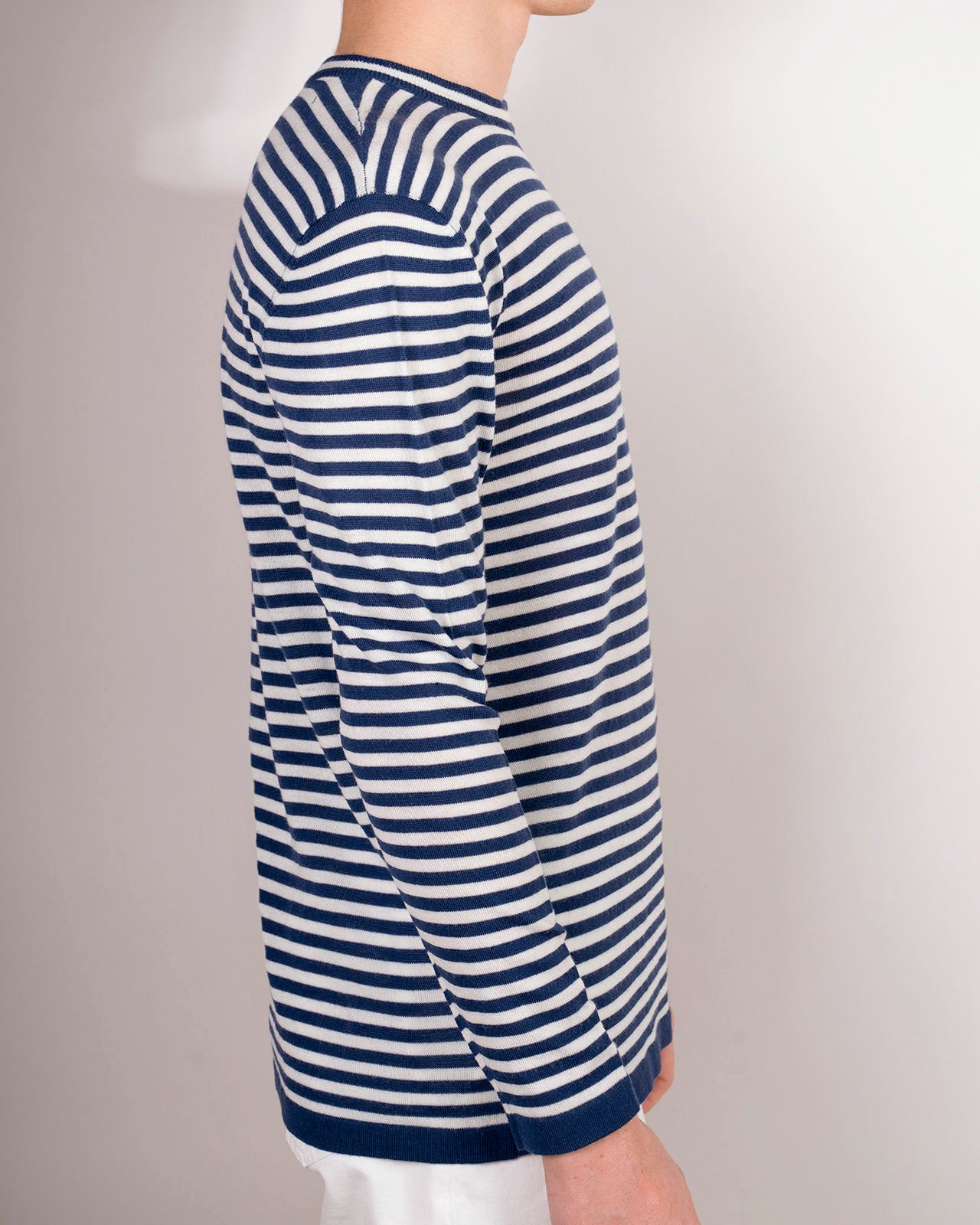 MACERATA LIGHTWEIGHT BLUE-WHITE STRIPED CREW