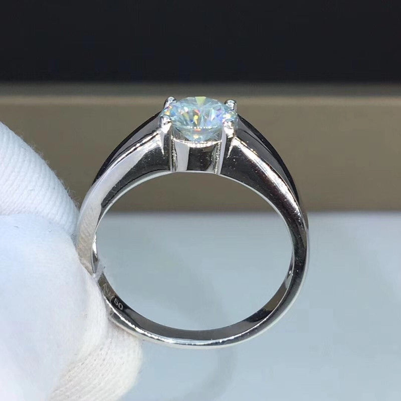 Wide Band Solitaire Silver Moissanite Engagement Ring 1 Carat - Luxus Moissanite Engagement Rings