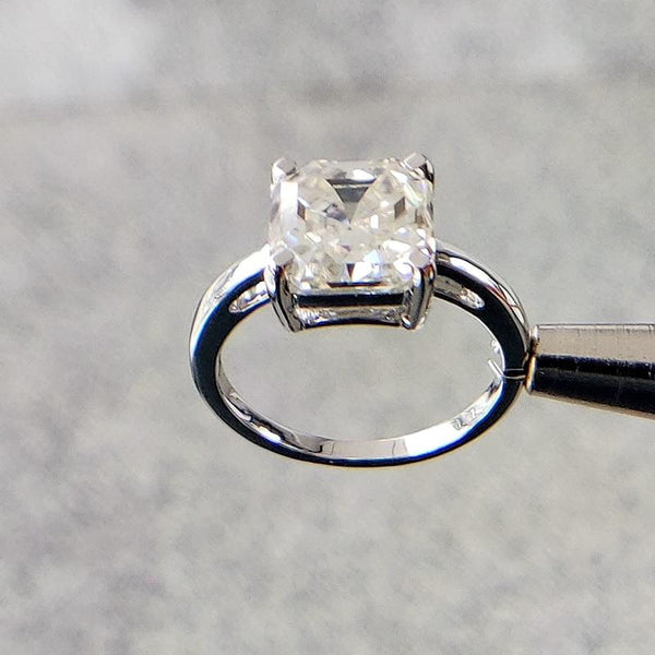Asscher Solitiare Moissanite Engagement Ring 2 Carat - Luxus Moissanite Rings & Jewelry