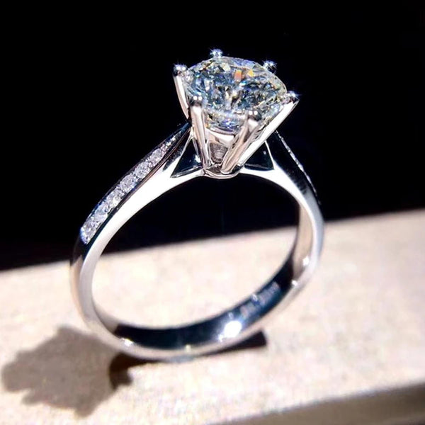Moissanite Engagement Ring 1.0 Carat Silver Band With Side Stones - Luxus Moissanite Rings & Jewelry