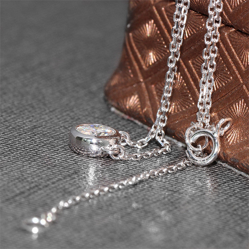 18k White Gold 1 Carat Moissanite Necklace