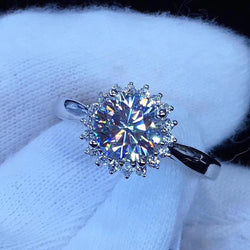 Platinum Plated Silver Halo Moissanite Ring 1ct - Moissanite Engagement Rings & Jewelry | Luxus Moissanite