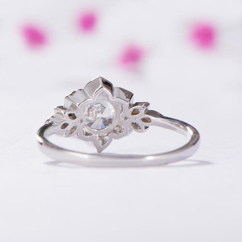 Bridal Set Moissanite Rings 1 Carat Total, Silver Band - Luxus Moissanite Engagement Rings
