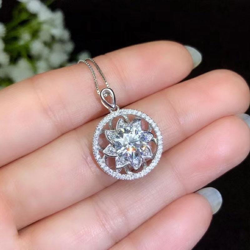 White Gold Plated 925 Silver Moissanite Halo Necklace 1.5ct Center Stone