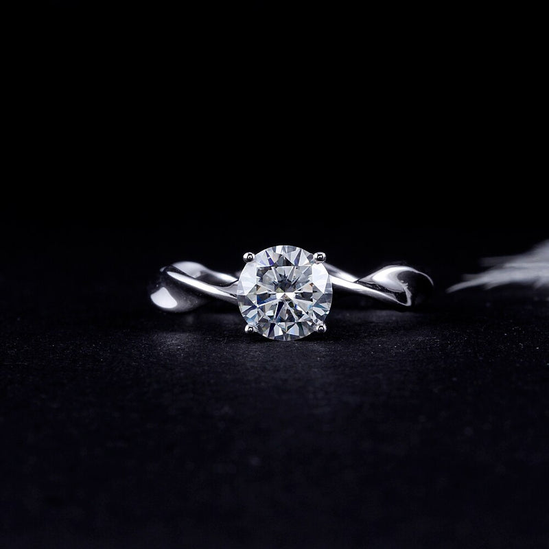 14k White Gold Twisted Band Moissanite Ring 1ct