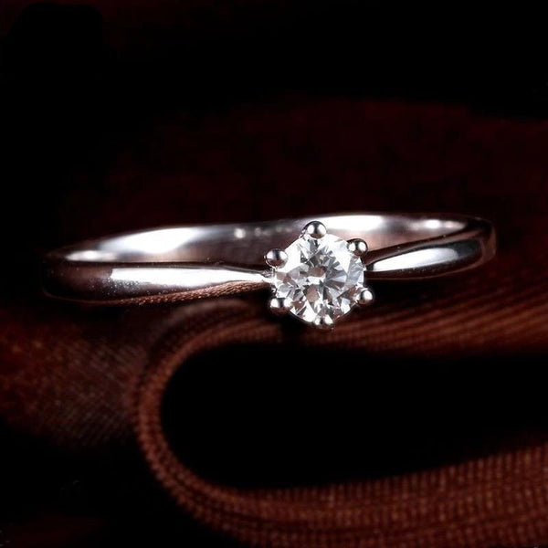 White Gold 14k Moissanite Solitiare Ring .25 Carat - Luxus Moissanite Engagement Rings