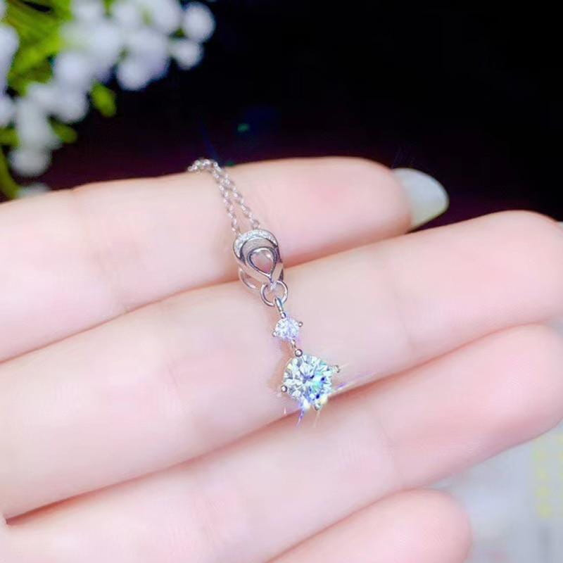 White Gold Plated Silver Moissanite Necklace 0.5ct Center Stone