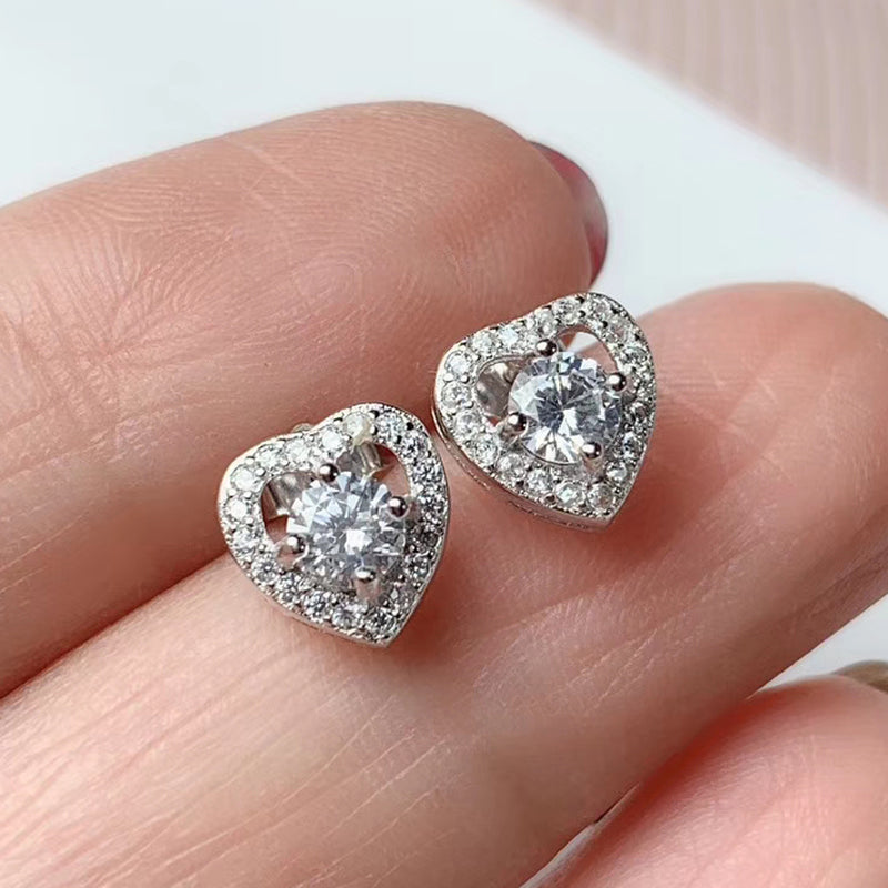 Platinum Plated 925 Silver Halo Heart Stud Moissanite Earrings 0.6ctw