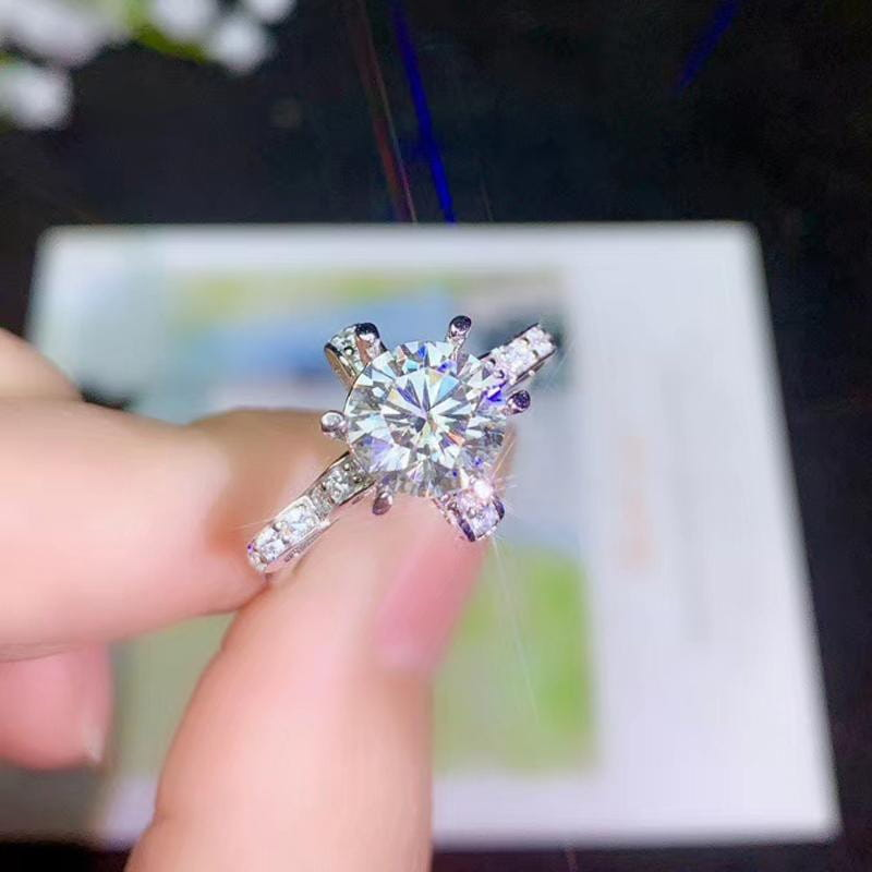 White Gold Plated Ribbon Moissanite Ring 0.5ct, 2ct, 3ct, Options - Moissanite Engagement Rings & Jewelry | Luxus Moissanite