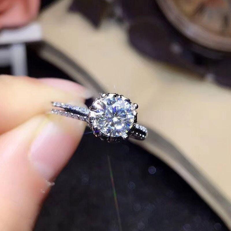 Moissanite Engagement Ring, Solitaire / Vintage Silver Band 1 Carat - Luxus Moissanite Engagement Rings