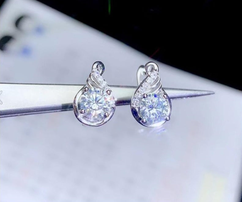 Platinum Plated 925 Silver Stud Moissanite Earrings 1ctw