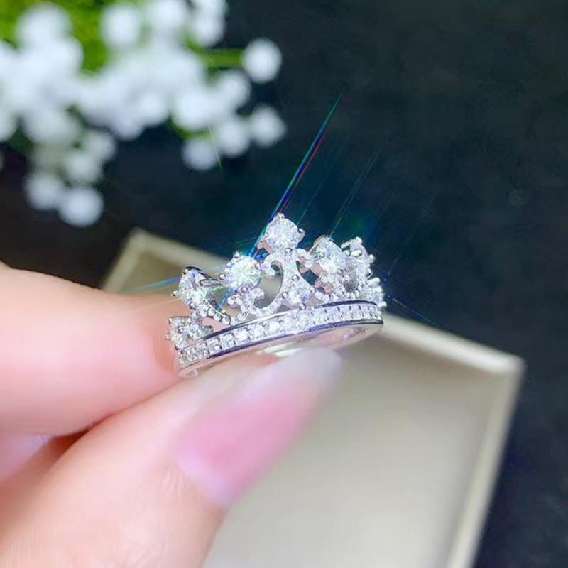 White Gold Plated Silver Moissanite Crown Ring 1ct - Moissanite Engagement Rings & Jewelry | Luxus Moissanite