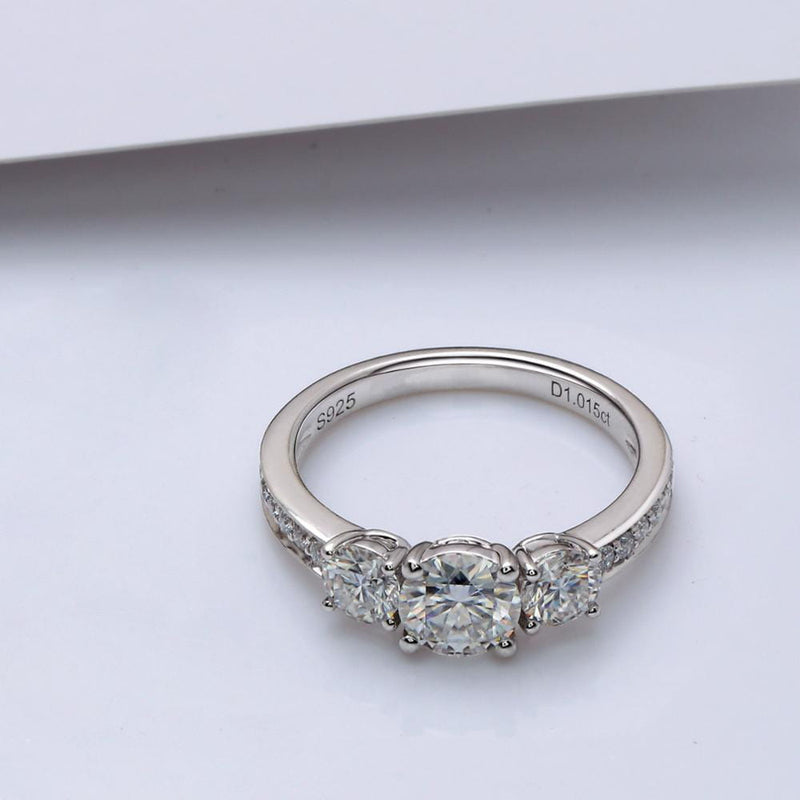 14k White Gold Or Silver 3 Stone Moissanite Ring 1.67ct Total - Moissanite Engagement Rings & Jewelry | Luxus Moissanite