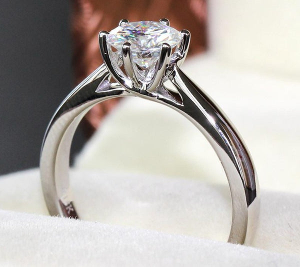 14k / 18k White Gold Moissanite Solitaire Ring 1ct